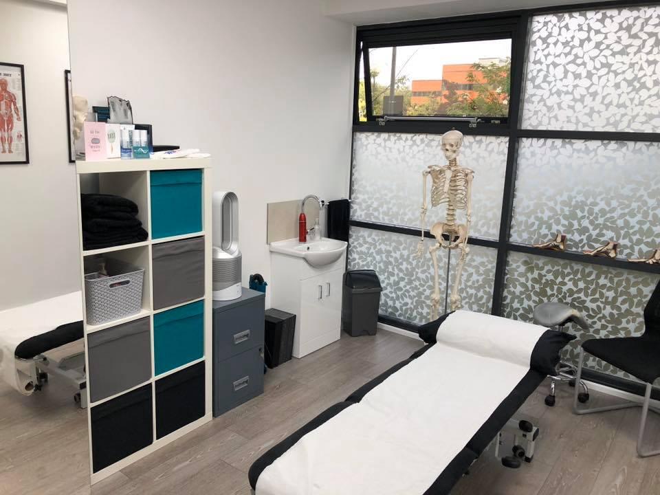 MK Osteopath modern clinic in central Milton Keynes